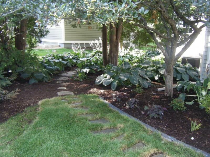 Natural stone - Natural stone garden edging ...