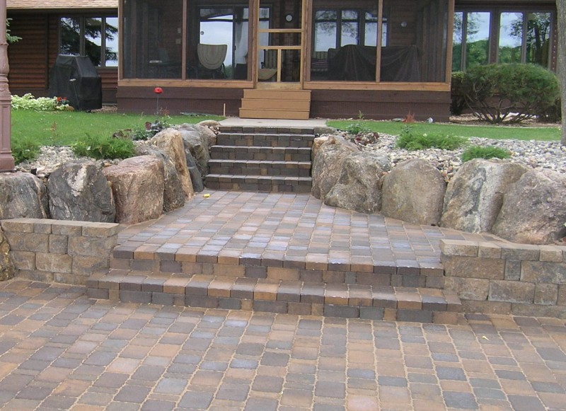 Very Best Paver Patio Steps with Wood 800 x 581 · 142 kB · jpeg